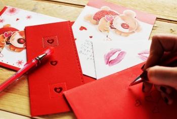 גלויות וכרטיסי ברכה 4